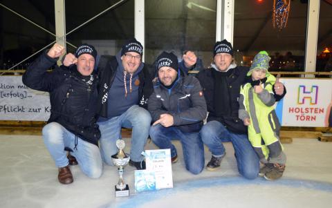 Eisstock-Masters beim Stadtwerke Eisfestival