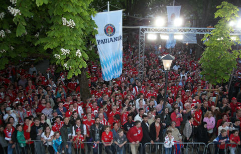 FC Bayern Paulaner Fanfest-2019-Fans