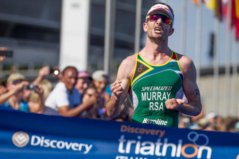 SA sweeps podium in men's elite Discovery Triathlon World Cup Cape Town