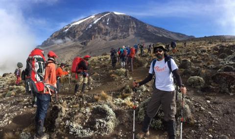 Sukhbir Sodhi climbs Kilimanjaro for ellenor