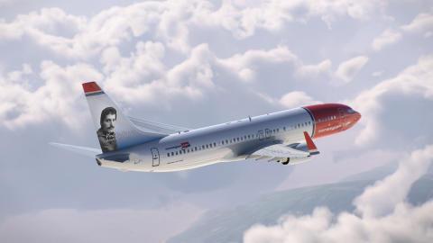 Freddie-Mercury-737-Mock-Up[1]
