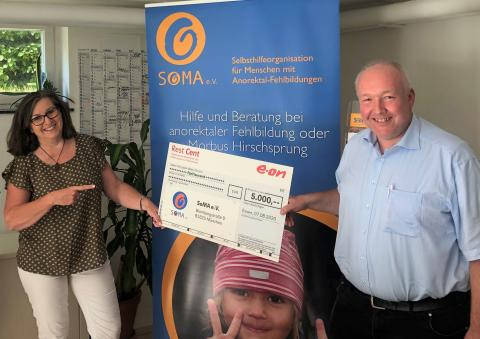 Bayernwerk-Mitarbeiter spenden für SoMA e.V.