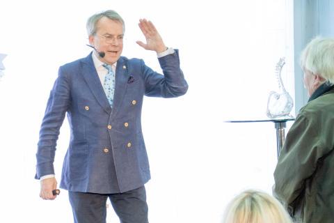 Knut Knutsson föreläser