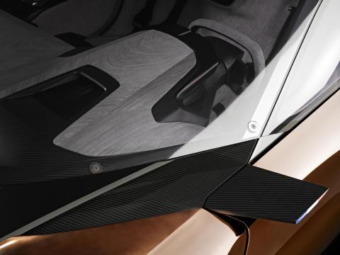 Onyx – djärva materialval, hybridteknik och superbilsprestanda
