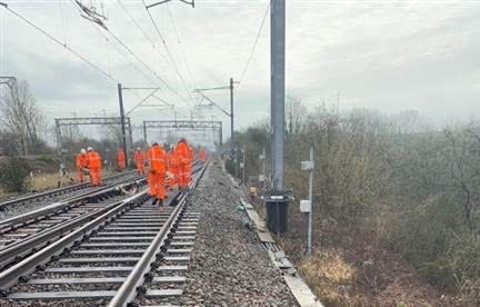 Hillmorton landslip: London Northwestern Railway to temporarily withdraw Trent Valley services