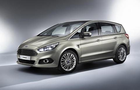 Ford presenterer nye S-MAX – nå også med AWD - på den internasjonale bilutstillingen i Paris.