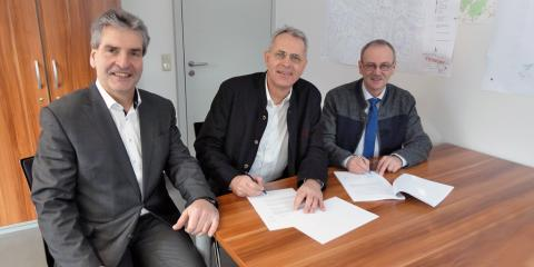 Vertragsunterzeichnung in Neukirchen vorm Wald: