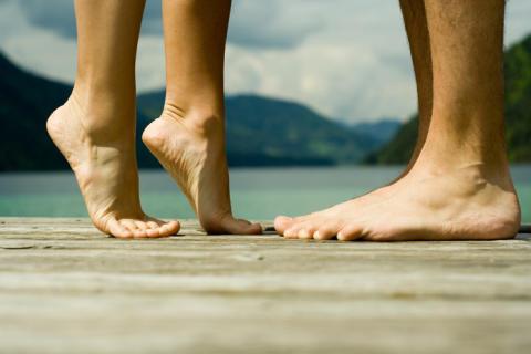 Fit für den Sommer: Müden Füßen und Beinen keine Chance geben