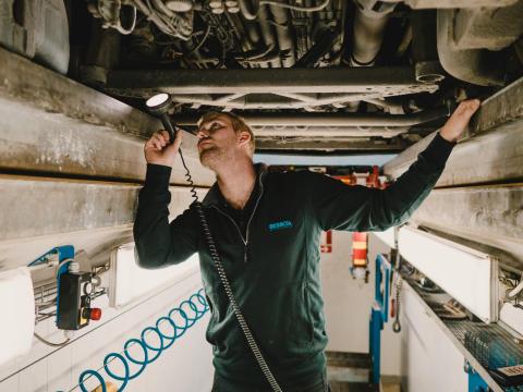 Besikta Bilprovning satsar på tungtrafik i Stockholmsområdet