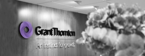 Grant Thorntons logotype i reception