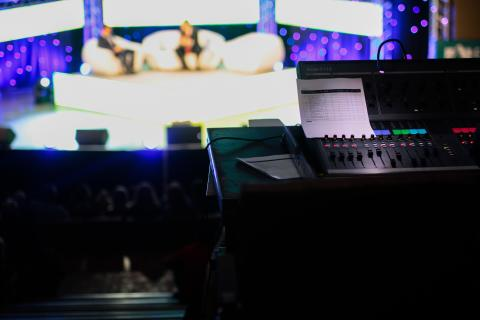 The Right Lens: When to choose live vs pre-recorded virtual events