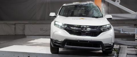 Honda CR-V Pole Crash Test