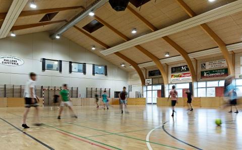 Oplagt at klimaforbedre klubhuse og idrætsfaciliteter nu