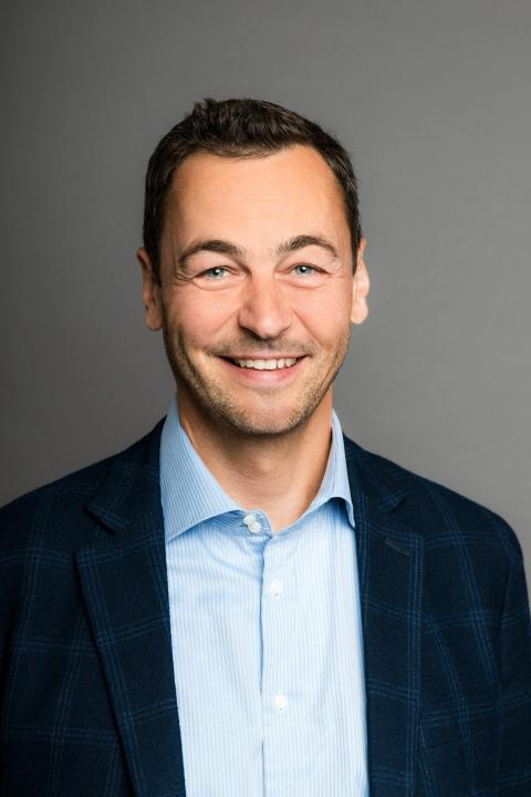 SIGNAL IDUNA: Marc Lüke neuer Marketingleiter