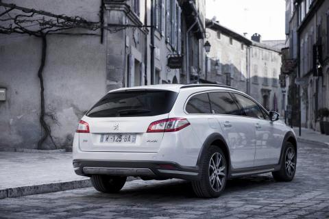 Peugeot leder loppet mot låga koldioxidutsläpp - Peugeot 508 RXH