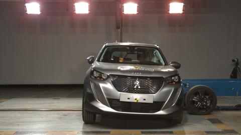 Peugeot 2008 side crash test Dec 2019