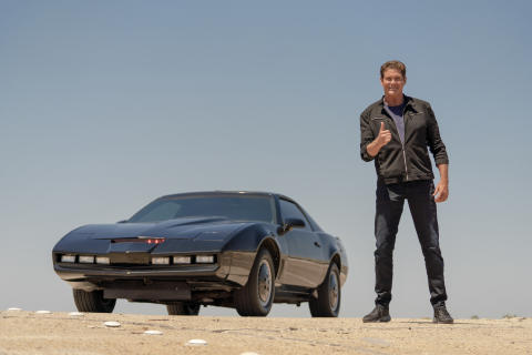 Battle Of The 80s Supercars With David Hasselhoff_HISTORY (5)