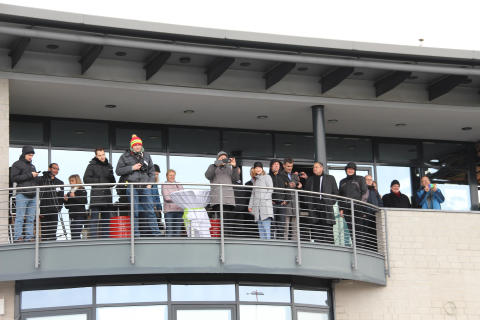 Erstes Forschungs- und Schulungsflugzeug auf dem Flugplatz Schönhagen an die Technische Hochschule Wildau übergeben