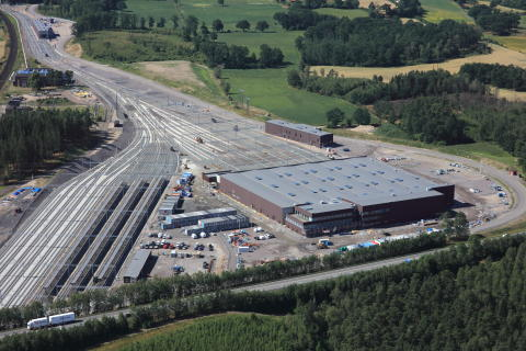 Nu rullar de första tågen in i Hässleholmsdepån