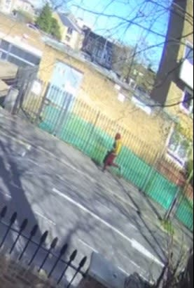 UPDATE: CCTV image released of man sought re unprovoked stabbing, Hackney