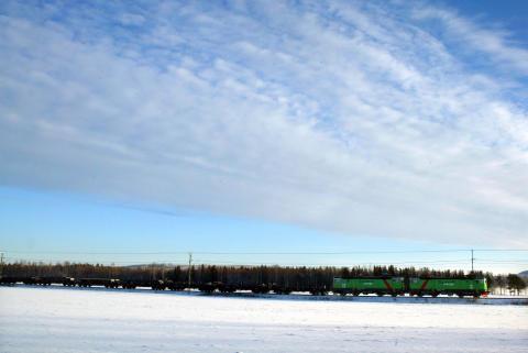 Green Cargo vinter tåg.jpg