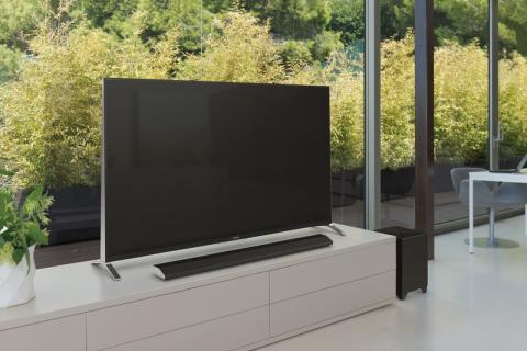 Tyylikkäät tilansäästäjät Sonylta: Uudet kaiutinpalkit ja ensimmäinen tv-äänijärjestelmä