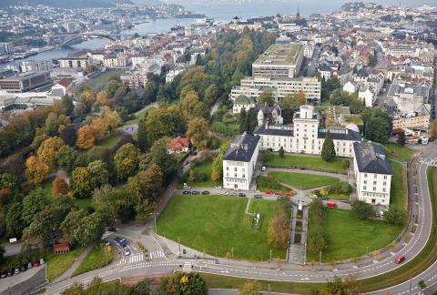 Moderne værvarsling ble til ved Geofysisk institutt i Bergen