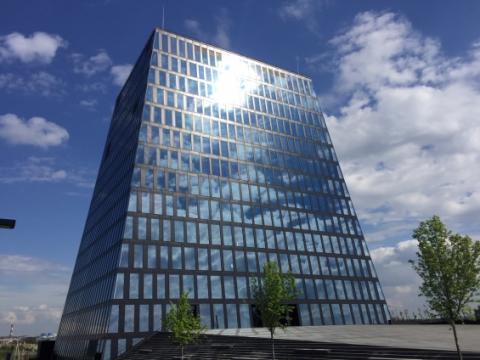 AkzoNobel wspiera walkę ze zmianami klimatycznymi – nowoczesny budynek pokryty specjalistyczną powłoką AkzoNobel, otrzymuje najważniejszą nagrodę architektoniczną.