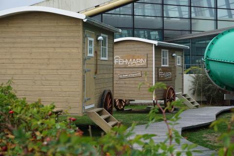 Strandsauna des Tourismus-Service Fehmarn bietet exklusives Wellness-Erlebnis mit Meerblick