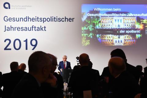 apoBank-Chef Ulrich Sommer kündigt digitale Plattform für den Gesundheitsmarkt an