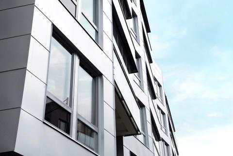 Får en bostadsrättslägenhet stå tom?