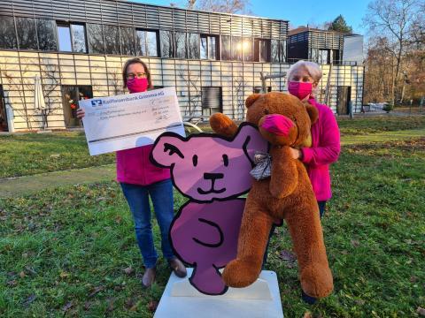 Spenden seit zehn Jahren: Mietra sammelt auch dieses Jahr 30.000 Euro für Bärenherz