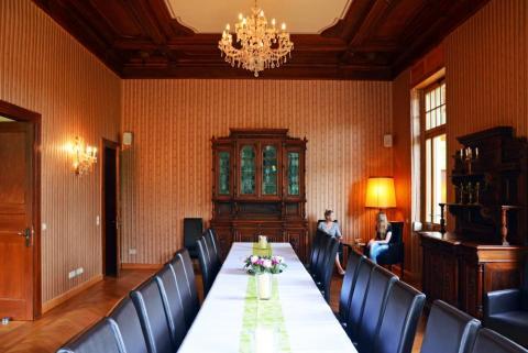 Historischer Speisesaal der Mädler Villa