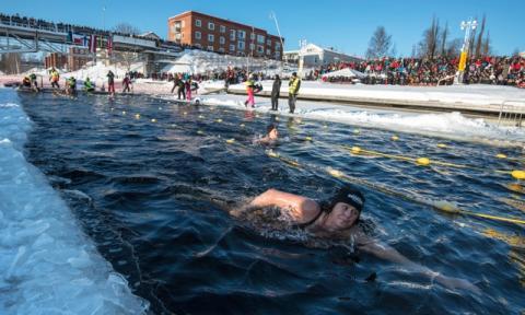 Afrikansk mästare till Vintersimmet i Skellefteå