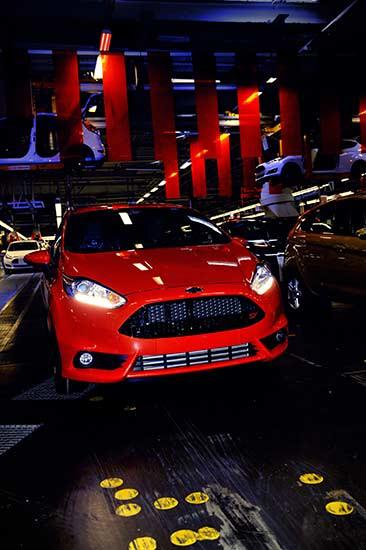 Ford starter produksjon av nye Fiesta ST. Raskeste produksjons-Fiesta klarer 0 til 100 på under 7 sekunder