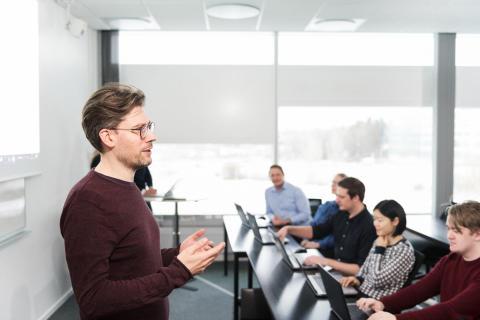 Handelsbanken, Tieto och Apper i samarbete med Academy för att säkra behovet av programmerare