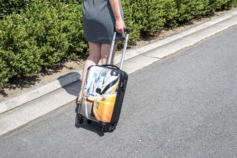 Kabinväska med tryck - res med stil i sommar
