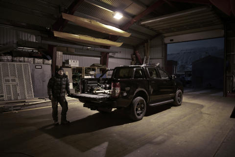 Ford Ranger Black Edition Svalbard (10)