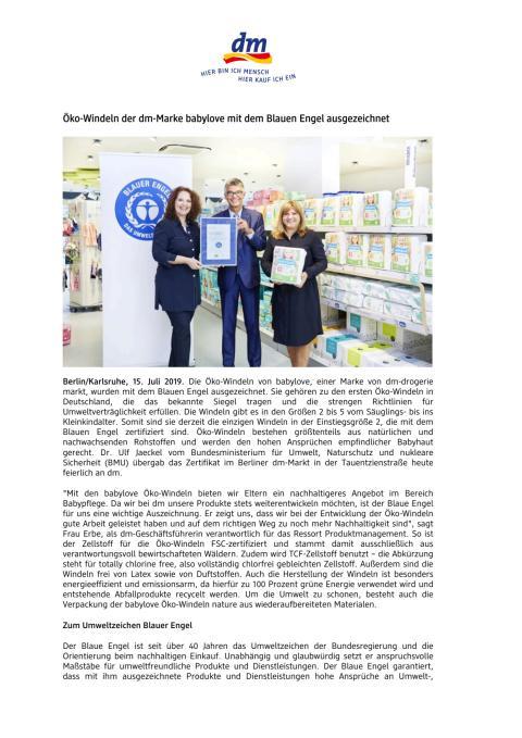 Öko-Windeln der dm-Marke babylove mit dem Blauen Engel ausgezeichnet