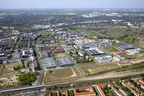 Berlin-Adlershof: Grundsteinlegung des Allianz Campus Berlin