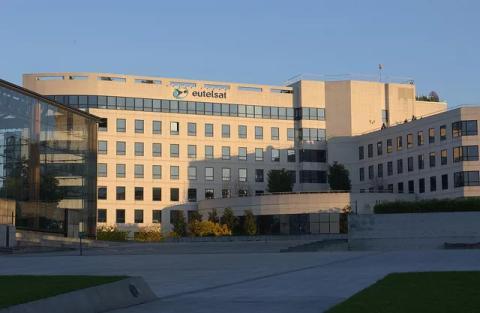 Eutelsat żąda wycofania ratingów Moody's Investors Service
