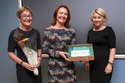 Næringsminister Monica Mæland delte ut remerket for bærekraftig reisemål til Trysil