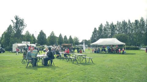 Ruokakarkelot kerää jälleen lähialueen herkut Lakeudenpuistoon
