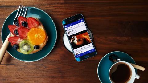 7 av 10 Nordmenn: mobilen gjør oss sosial