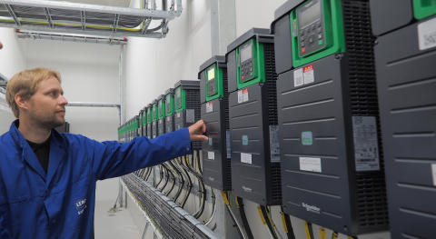 3 måter å effektivisere industriell drift med frekvensomformere og IIoT