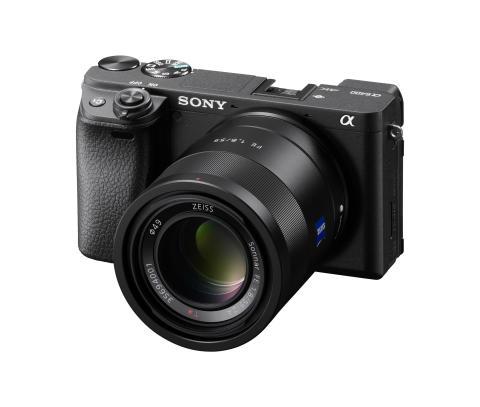 Sony_A6400_SEL-55F18Z_01
