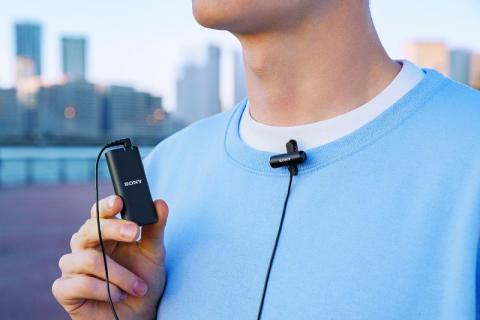 Sony lansează microfonul wireless ECM-W2BT și microfonul stereo compact tip lavalieră ECM-LV1