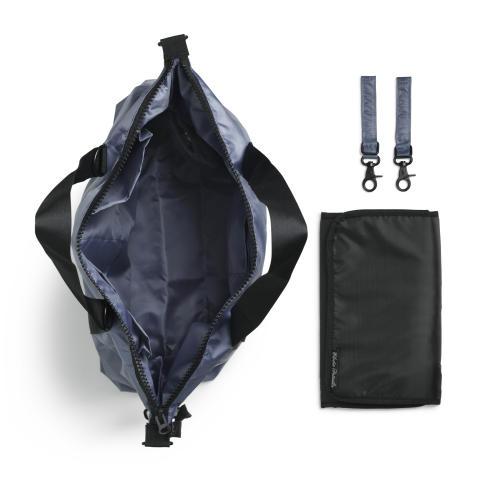 AW18 - Diaper bag Tender Blue (open)