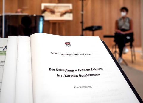 BachBewegt!Singen! – Bachakademie Stuttgart und dm-drogerie markt verschieben aufgrund der aktuellen Ausnahmesituation Gesangsprojekt