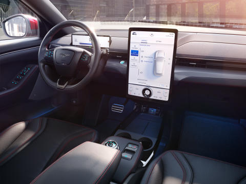 Méně je více: Jak nový přístup k designu změnil kabinu z pohled řidiče a vydláždil cestu k Mustangu Mach-E